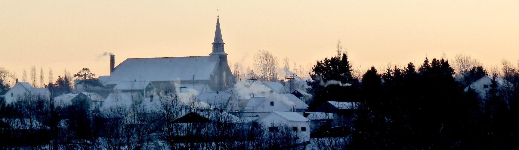 Héro - Village le soir